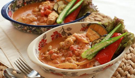 野菜たっぷり!本格トマト風味のココナッツミルクカレーで、夏を楽しむ。